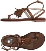 Bibi Lou Thong sandals
