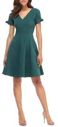 Gal Meets Glam Serena Tie Cuff Fit & Flare Dress