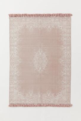 H&M Tasseled Cotton Rug - Pink