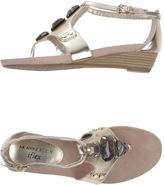 Anne Klein Toe strap sandals