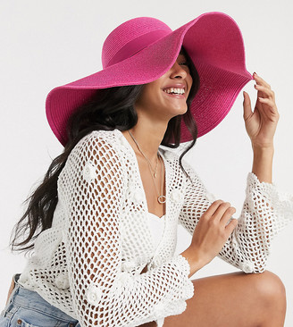 South Beach Exclusive oversized straw hat in bright pink
