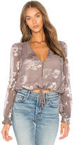 Astr Tiffany Top in Taupe. - size L (also in M,S,XS)