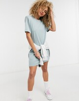 Thumbnail for your product : Weekday Kahlo organic cotton midi t-shirt dress with shoulder pads in green