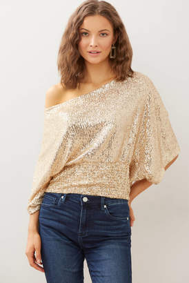 A Love Like You Sequin Flutter Sleeve Tee Chap S
