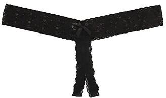 Hanky Panky Plus Size Signature Lace Crotchless Thong (Black) Women's Underwear
