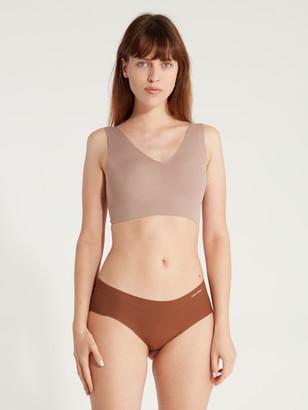 Calvin Klein Underwear Invisible Lightly Lined V-Neck Bralette
