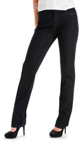 Lee Women's Classic Fit Slimming Straight-Leg Jeans
