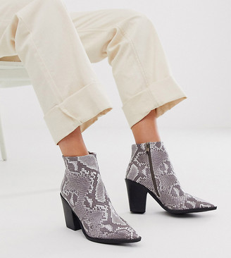 Co Wren wide fit block heeled boots in neutral