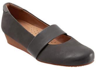 SoftWalk Winona Slip-on Wedges Women Shoes