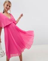 Asos Design DESIGN midi dress with pleat skirt and flutter sleeve