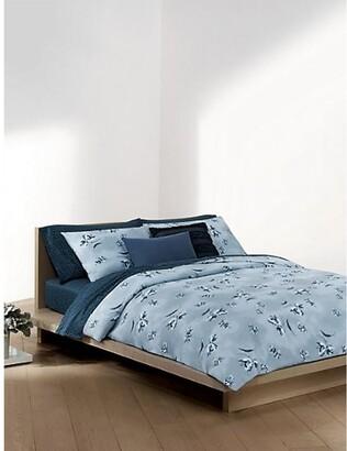 Calvin Klein Tulip Reversible Comforter Set