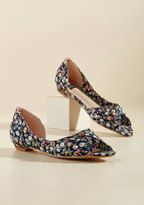 ModCloth That's More Like It Peep Toe Flat in Floral in 11