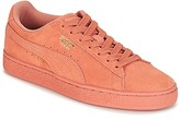 Puma SUEDE CLASSIC TONAL women's Shoes (Trainers) in Pink