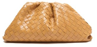 Bottega Veneta The Pouch Intrecciato Leather Clutch - Womens - Tan