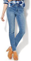 New York & Co. Soho Jeans - Curvy Ankle SuperStretch Legging - Blue Mink Wash - Petite
