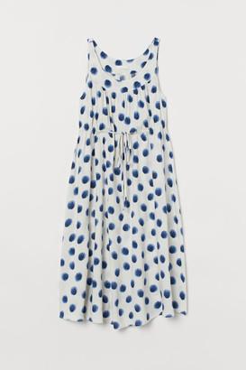 H&M MAMA Patterned Dress - White