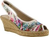 Azura Women's Gweneth Pleated Floral Sandal
