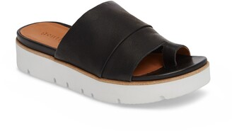 Gentle Souls by Kenneth Cole Lavern Slide Sandal