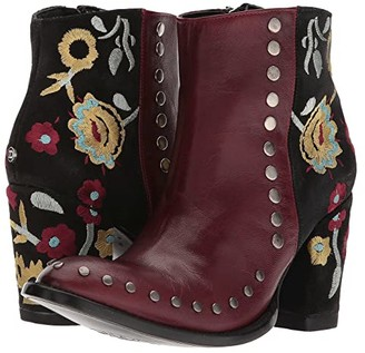 Double D Ranchwear by Old Gringo Granny Takes A Trip (Red) Women's Boots