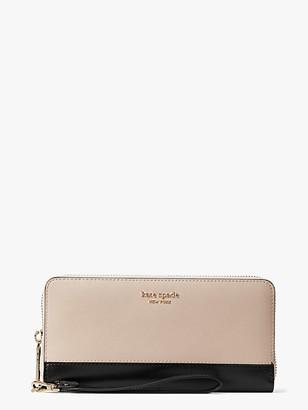 Kate Spade Spencer Travel Wallet