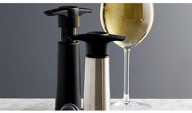 Crate & Barrel Vacu Vin ® Dripless Pourer