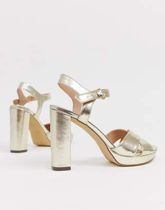 New Look platform cross strap block heel in gold