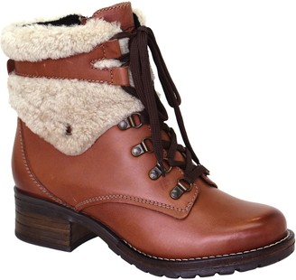 Dromedaris Leather Lace-Up Ankle Boots - Kara Shearling
