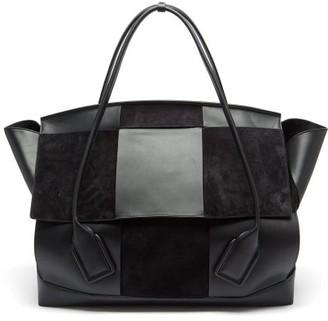 Bottega Veneta The Arco Maxi Suede And Leather Holdall - Black