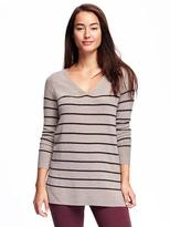 Old Navy Relaxed V-Neck Tunic Sweater for Women