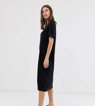 Weekday round neck midi t-shirt dress with short sleeves in black