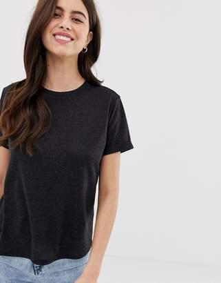 Asos Design DESIGN t-shirt with roll sleeve in linen mix in black