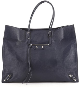 Balenciaga Papier A4 Classic Studs Bag Leather Medium