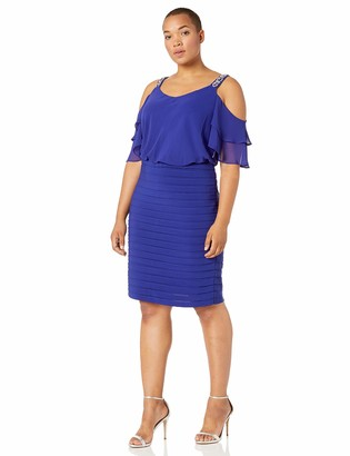 Alex Evenings Women's Plus Size Short V Neck Crepe Sheath Cocktail Dress