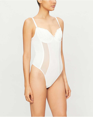 Wacoal Decadence embroidered-mesh backless body