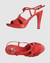 Evado Platform sandals