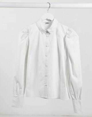 Pimkie puff sleeve shirt in white