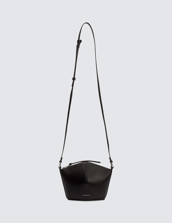 0cdd54fb5 Alexander McQueen Shoulder Bags - ShopStyle