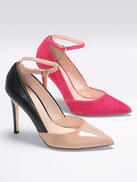 Victoria's Secret Collection Pointed-toe Pump