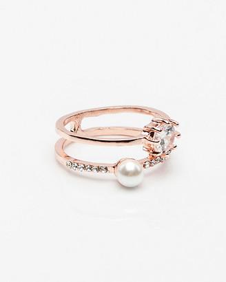 Le Château Gem & Pearl-Like Ring