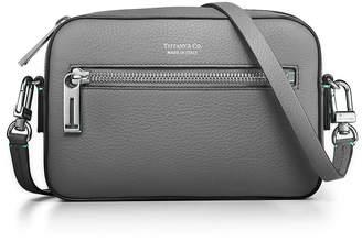Tiffany & Co. & Co. Crossbody bag in Blue grain calfskin leather