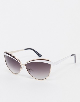 Jeepers Peepers cat eye sunglasses with gold detail