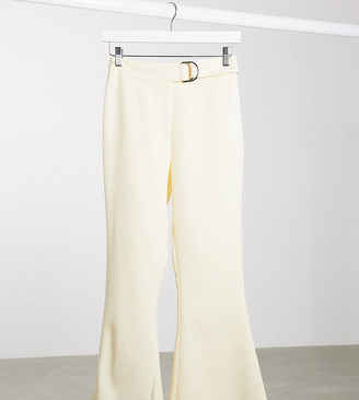 4th + Reckless Petite exclusive tailored trouser with belt in cream