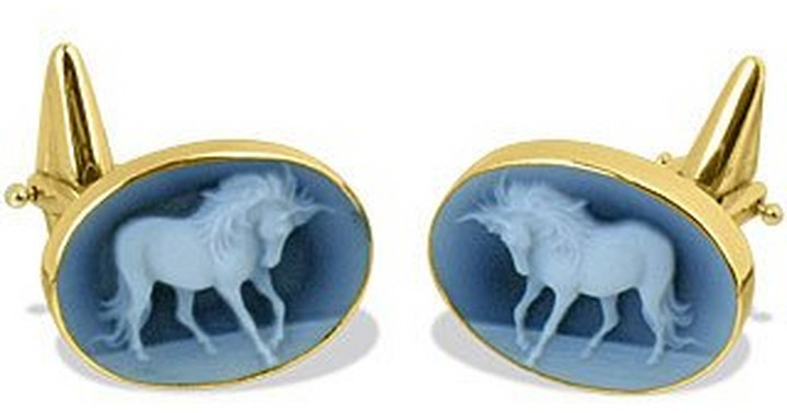 Del Gatto Horse Cameo Agate and 18K Gold Cufflinks