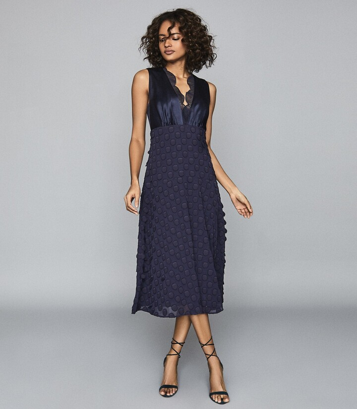 Reiss LENI JACQUARD SPOT MIDI DRESS Navy