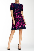 Donna Morgan Short Sleeve Floral Print Dress