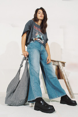 BDG Nora High-Waisted Wide Leg Jean Faded Medium Wash