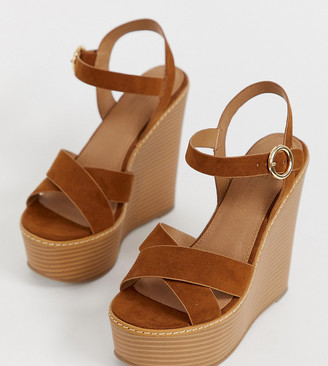 ASOS DESIGN Wide Fit Talia high wedges in tan
