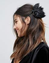Johnny Loves Rosie Faux Feather Hair slide