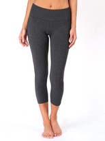 Hard Tail Performance Jersey Flat Waist Capri Legging