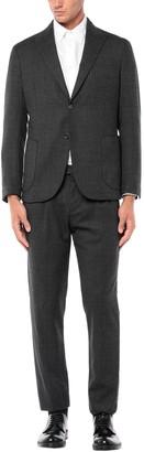 MAXI HO Suits